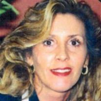 Roxanne Molero Gross