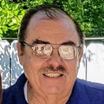 Victor E. Castro Salinas