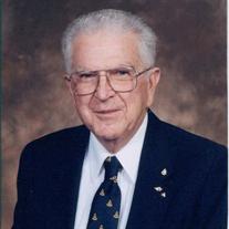 David C Hollowell