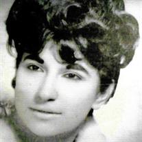 Maria Antonieta Flores