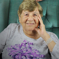 Elia  Martinez