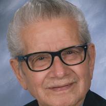 Roman R Sauseda Jr.