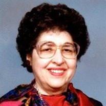 Bertha P Bisbecos