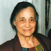 Estela  Lazaro
