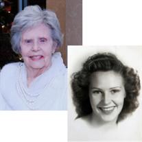 """Evelyn """"Lynne"""" Dale  Hollis  Sanders"""