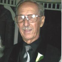 Luis Lastres