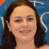 Jennifer L Castro