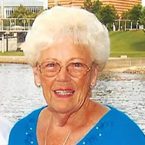 Shirley Hinton