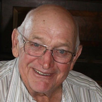 Bob W Roberts