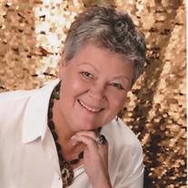 Julie Hietschold