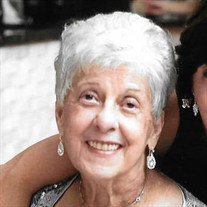 Mrs Lillian P Gallichio