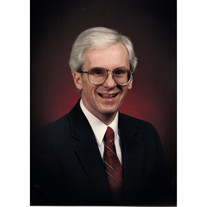 Howard W. Mayo