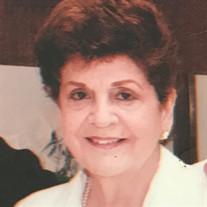 Flor M. Zeik
