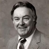 Robert M Darrar