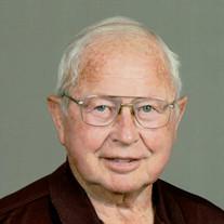 Robert L. Compton  Jr