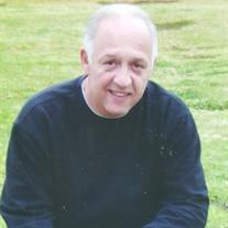 Mr Daniel Molina