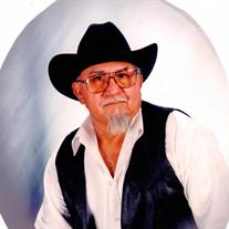 Roberto E Garcia