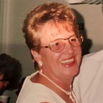 Carolyn  Hart