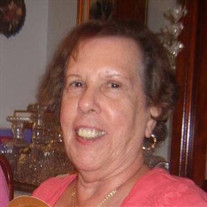 Lydia Marinas Derriso