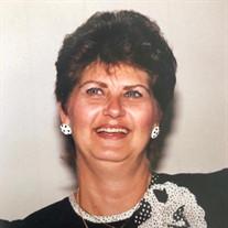 Caroline Ray