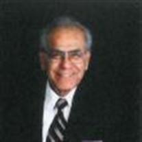 Carlos  M Benavides