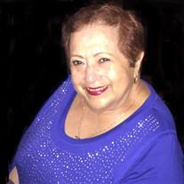 Luz E. Cavero