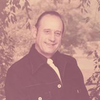 Robert E Hewitt