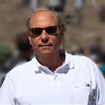 Eduardo  Lewis Navarro